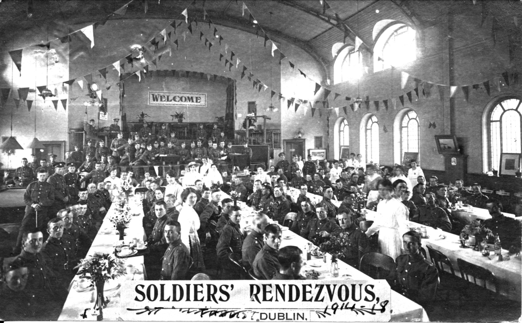 Soldiers-Rendezvous-Abbey-St-Dublin-1914-020